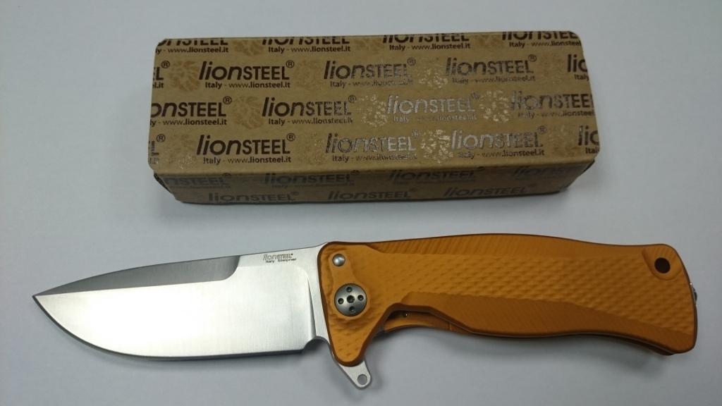 Фото 2 - Нож складной LionSteel SR11A OS ORANGE, сталь Uddeholm Sleipner® Satin Finish, рукоять алюминий (Solid®), оранжевый от Lion Steel