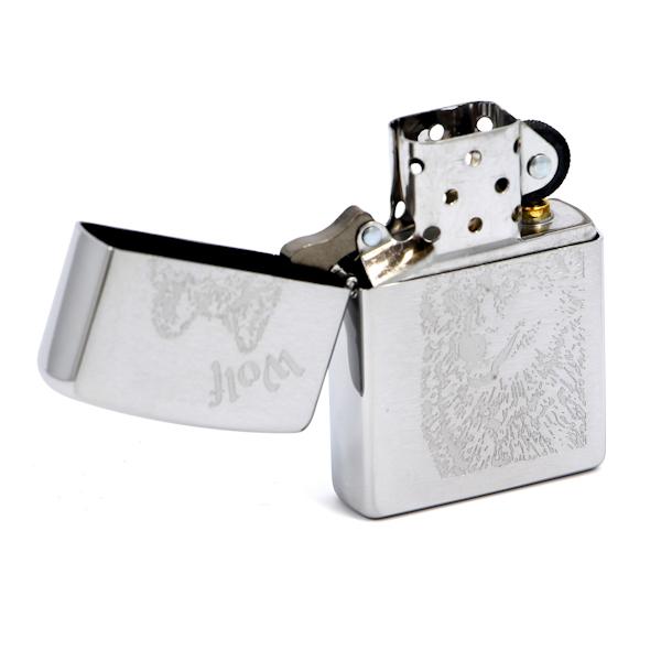 Фото 2 - Зажигалка ZIPPO Wolf Brushed Chrome, латунь с никеле-хром.покрыт., серебр., матов., 36х56х12 мм