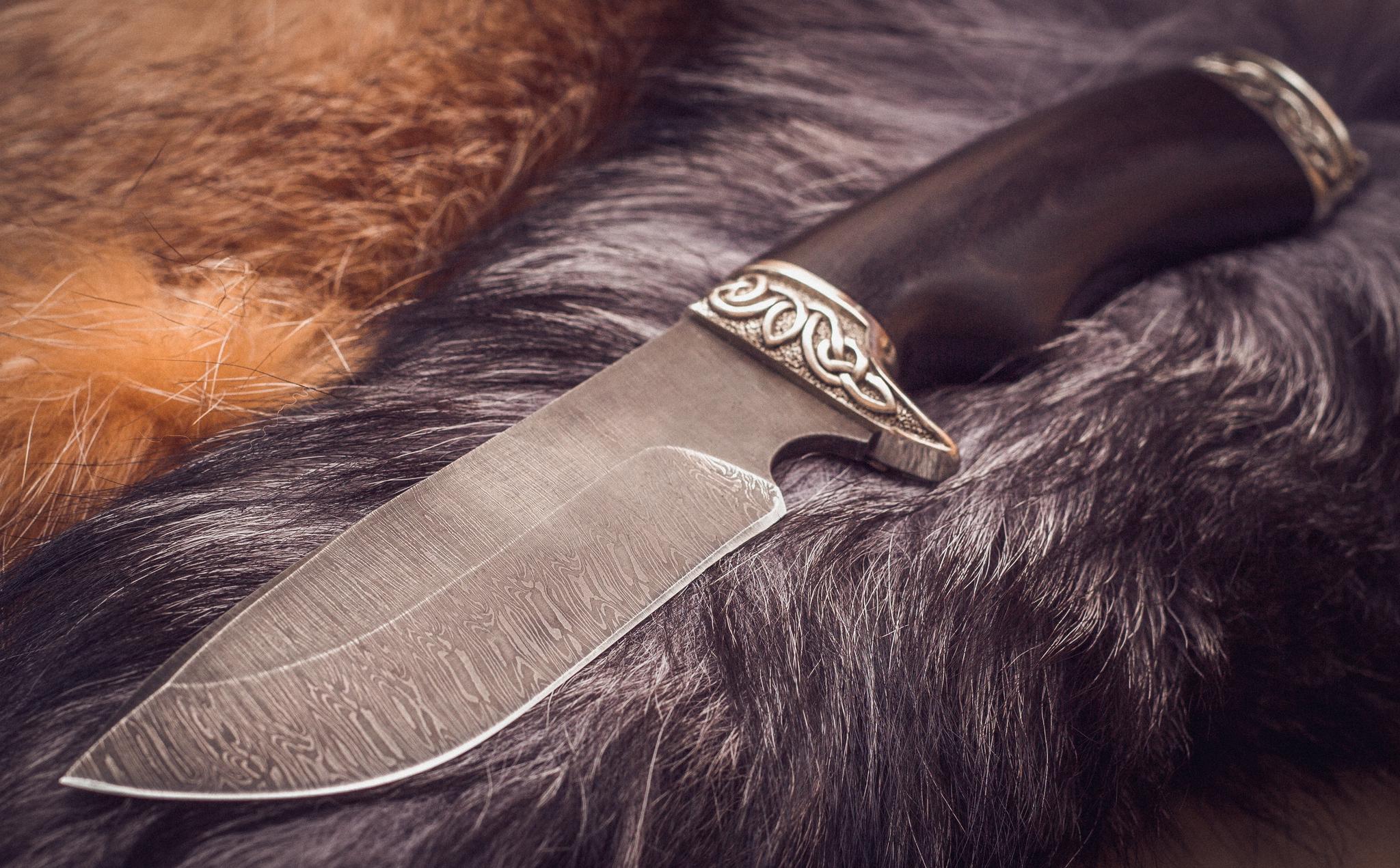 Нож из дамасской стали Бобер, мельхиор