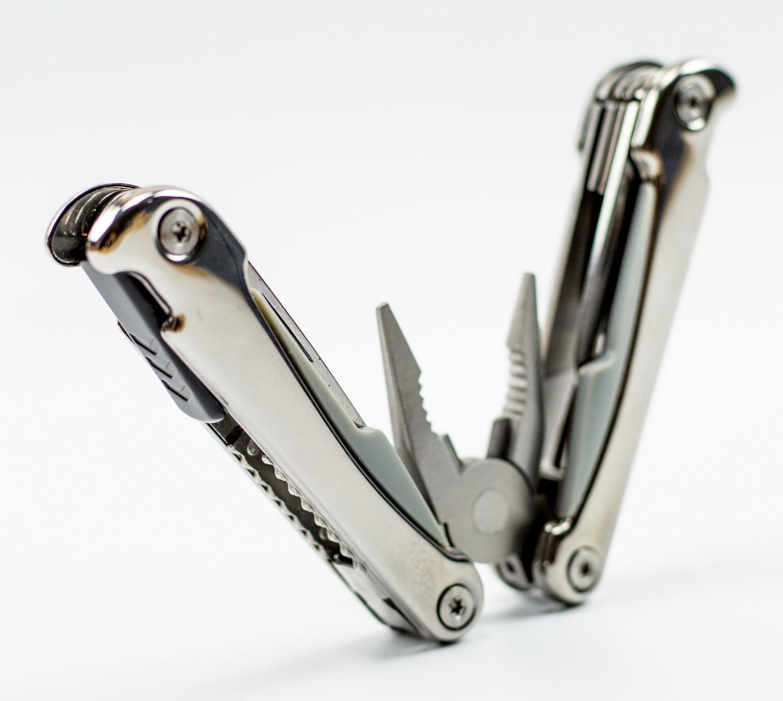 Мультитул Traveler, сталь 420Рыбацкие ножи<br>Oбщая длина- 178 ммДлина клинка- 74 ммТолщина клинка- 2,3 ммСталь- 420<br>