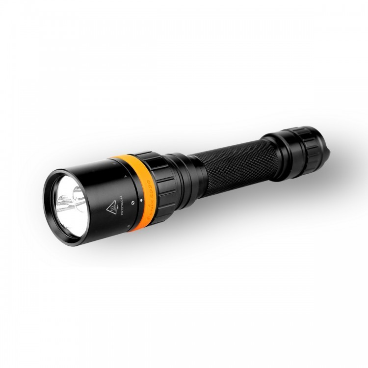 Подводный фонарь Fenix SD20 Cree XM-L2 U2 nitecore p10 searchlight torch cree xm l2 t6 led 800 lumen 9300 beam intensity ipx 8 waterproof portable flashlight