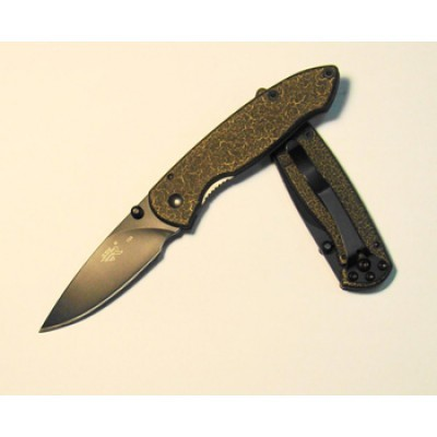 Нож SanRenMu F3-723Раскладные ножи<br>Общая длина (мм) 164Длина клинка (мм) 68Длина рукояти (мм) 96Масса (г) 85Толщина обуха клинка (мм) 2.6Твердость клинка (HRC) 58Сталь 8Cr13MoVПокрытие клинка ВоронениеЗамок Liner LockТип клинка Drop Point<br>
