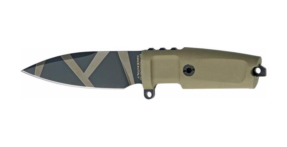 Нож с фиксированным клинком Shrapnel OG FH (Full Handle Version), Desert Warfare - Laser EngravingОхотнику<br>Нож с фиксированным клинком Shrapnel OG FH, клинок малый,классический, камуфляж рукоять БОЛЬШАЯ, черная, резина, без верхней гарды,чехол черный пластик.<br>Shrapnel OG FH - вариант ножа Shapnel OG с увеличенной длинной рукояти. У стандартных моделей длина рукояти - 10,4см и клинка - 11см. У данной модели длина рукояти – 13см, клинок - 11см, что делает эту модель гораздо удобнее для практического использования.<br>