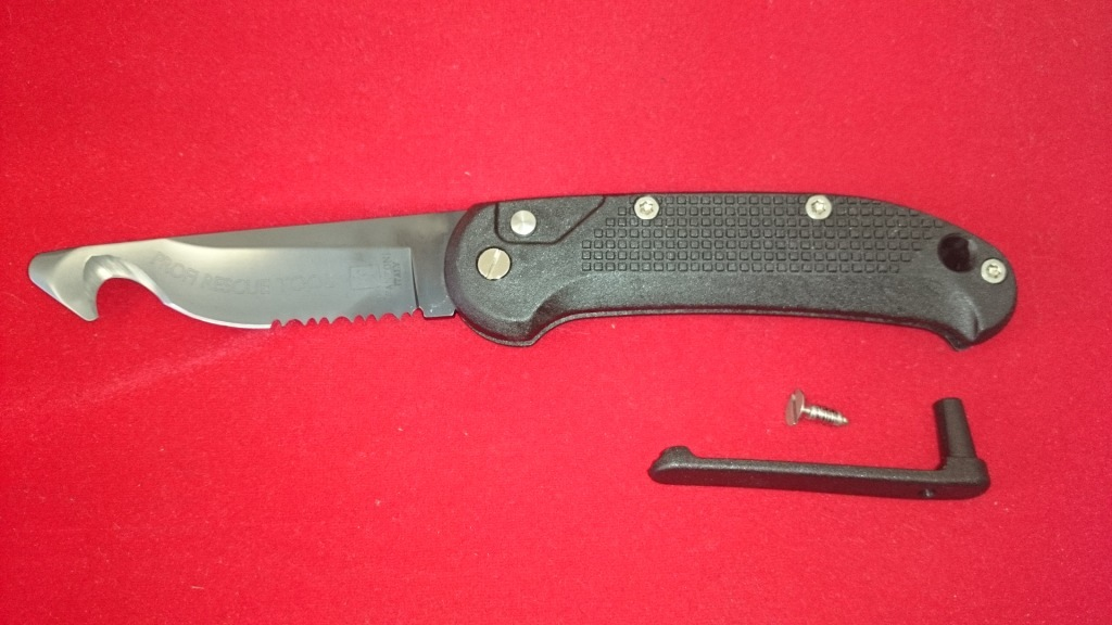 Выкидной нож - стропорез Rescue Tool Black, PVD-Coated Blade 9.0 см.Раскладные ножи<br>Выкидной нож - стропорез Rescue Tool Black, PVD-Coated Blade 9.0 см.<br>