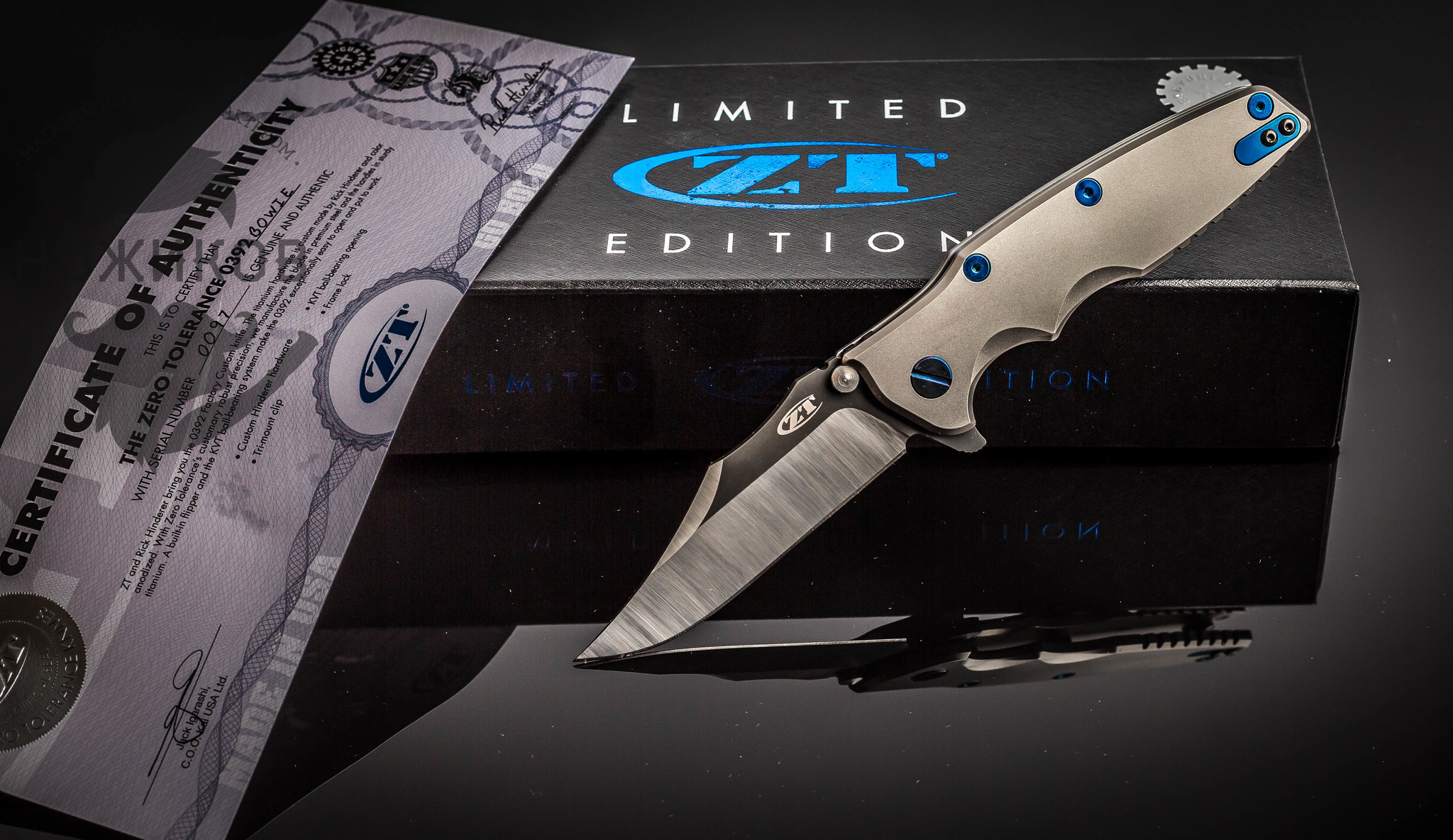 Нож складной Zero Tolerance K0392BOWIE, сталь M390, рукоять титан