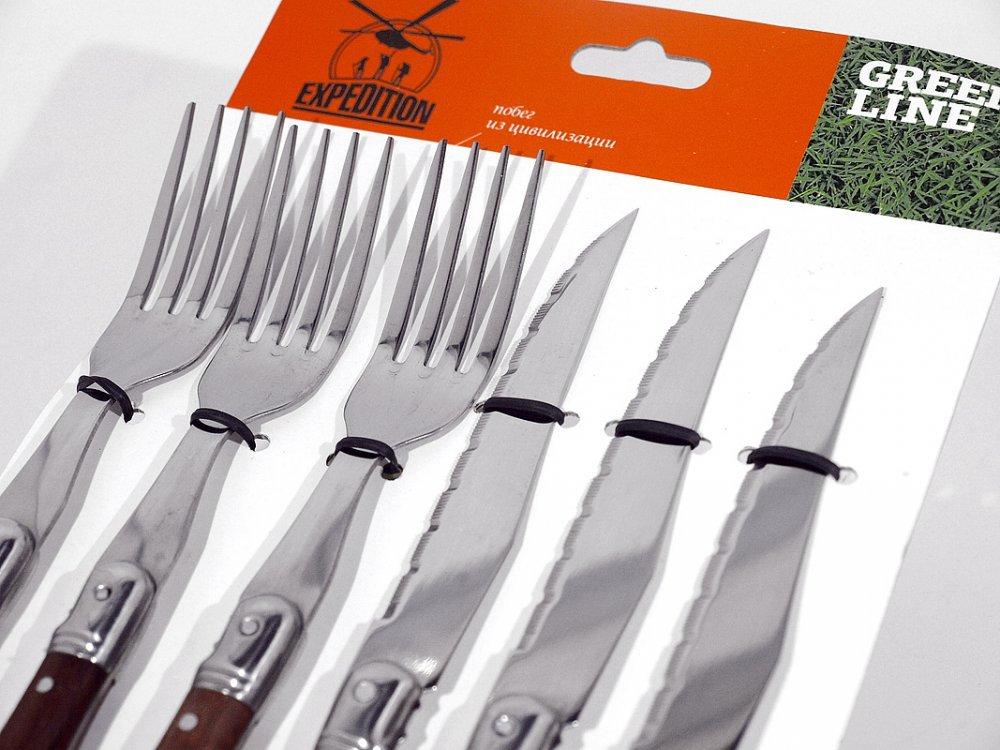 Набор Кабальера (3 вилки, 3 ножа)Подарочные наборы ножей<br>Что нужно должно быть у каждого кабальеро? Смелость, мужество, немного горячего испанского характера и конечно же, набор Кабальера (3 вилки, 3 ножа). С таким прекрасным набором вы всегда будете готовы к любому неожиданному обеду или ужину, когда вдруг нагрянули гости.Этот потрясающий набор включает в себя три пары ножей и вилок наивысшего качества. Отличная сталь и прекрасные деревянные ручки выгодно отличают данный набор вилок и ножей от подобных аксессуаров. Они прекрасно лежат в руке, и очень удобны в использовании. Кроме того, благодаря удобной упаковке вы сможете брать данный набор с собой на природу - приборы не растеряются, ведь они прочно удерживаются с помощью резинок на картонной основе.Заказывайте набор Кабальера (3 вилки, 3 ножа) и пусть ваши трапезы будут легкими и вкусными.<br>