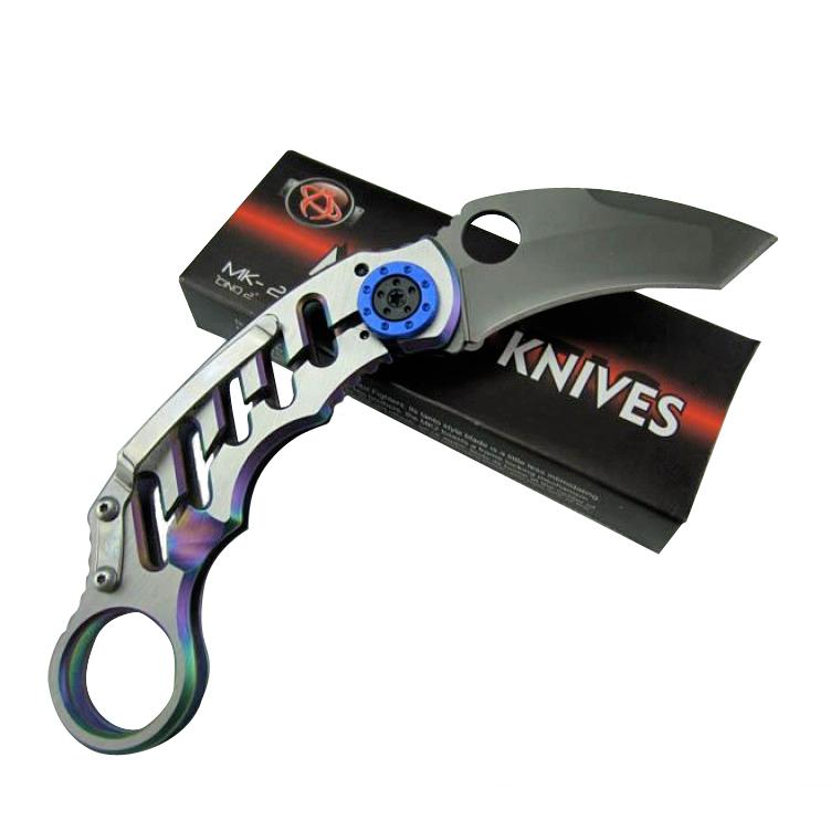 Керамбит Mantis MK-2Керамбит<br>Необычная модель складного ножа керамбит Mantis MK-2 от Viking Nordway впечатляет не только сверх экстравагантным дизайном, но и высокой функциональностью. Оригинальный керамбит имеет небольшое лезвие, которое в сложенном состоянии надежно фиксируется посредством надежного механизма блокировки Line Lock. И рукоять, и лезвие ножа керамбит Mantis MK-2 изготовлены из нержавеющей стали. Тип поверхности – Titanium. Если Вы хотите выгодно купить нож керамбит mantis, не упустите возможность сделать это прямо сейчас!<br>