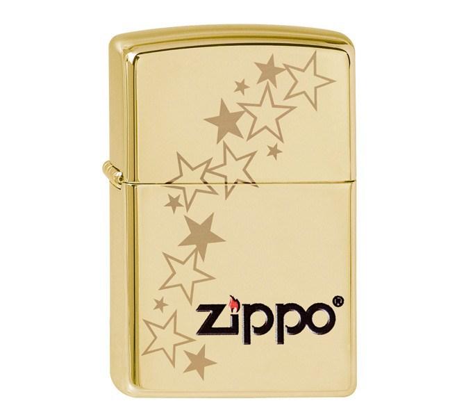 Зажигалка ZIPPO Stars, латунь с покрытием High Polish Brass, золотистый, глянцевая, 36х12x56 ммЗажигалки Zippo<br>Зажигалка ZIPPO Stars, латунь с покрытием High Polish Brass, золотой, глянцевая, 36х12x56 мм<br>