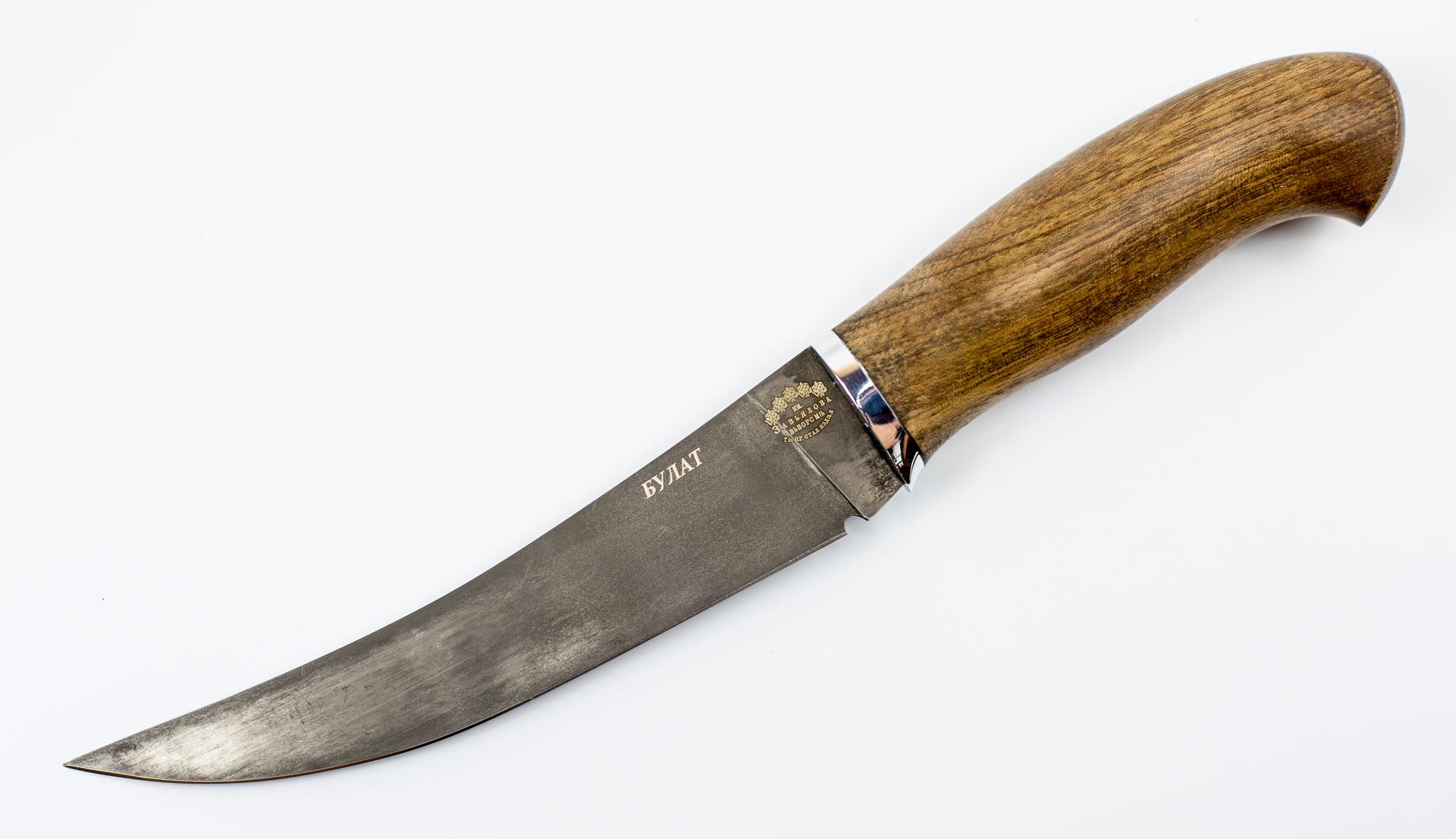 Нож филейный Нерпа , сталь булатНожи Ворсма<br>Филейный нож Нерпа можно смело отнести к категории универсальных туристических ножей. Геометрия ножа отлично приспособлена для решения широкого круга задач в дикой природе. Узкий и длинный клинок со взлетающим кончиком легко справляется с чисткой и потрошением рыбы любого размера. Ножом удобно резать мясо для приготовления шашлыка или разделывать небольшую водоплавающую дичь. Клинок данной модели выкован вручную из булатной стали. О твердости и остроте этого материала ходят легенды. Теперь вы сможете испытать этот материал в своих небольших путешествиях. Рукоять ножа выполнена из натуральной древесины. Таким ножом можно работать на морозе голой рукой. Рукоять нагреется от руки и будет отдавать свое тепло вам.<br>