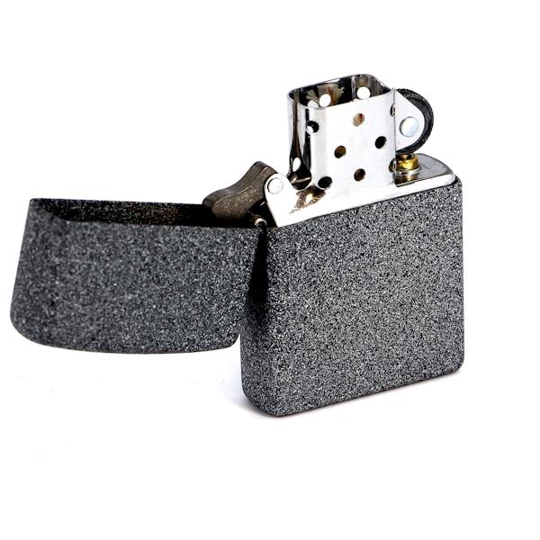 Фото 2 - Зажигалка ZIPPO, латунь с покрытием Iron Stone™, серый, матовая, 36х12x56 мм