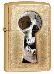 Зажигалка ZIPPO Keyhole Skull, латунь с покрытием Gold Dust, золотистый, матовая, 36х56х12 ммЗажигалки Zippo<br>Зажигалка ZIPPO Keyhole Skull, латунь с покрытием Gold Dust, золотой, матовая, 36х56х12 мм<br>