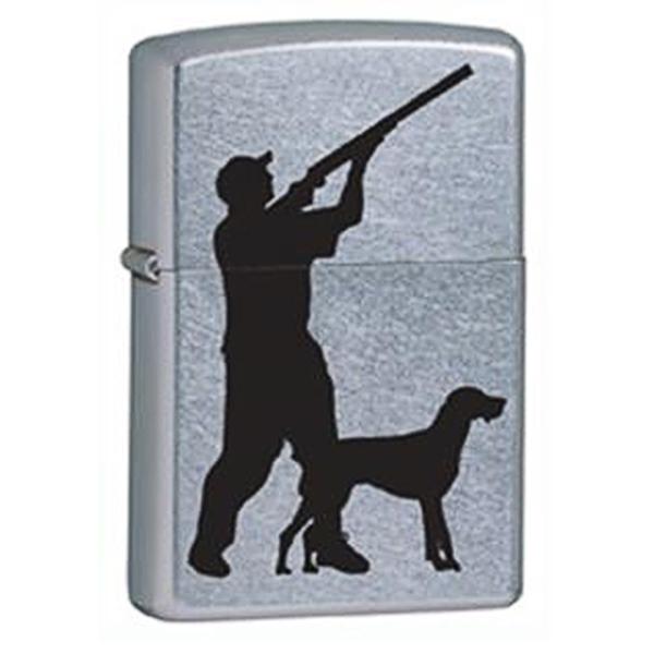 Зажигалка ZIPPO Hunter &amp; Dog, латунь с покрытием Brushed Chrome, серебристый, матовая, 36х12x56 ммЗажигалки Zippo<br>Зажигалка ZIPPO Hunter &amp; Dog, латунь с никеле-хромовым покрытием, серебряный, матовая, 36х12x56 мм<br>