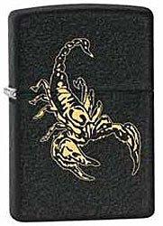 Зажигалка ZIPPO Scorpion, латунь с покрытием Black Crackle, чёрный, матовая, 36х12x56 ммЗажигалки Zippo<br>Зажигалка ZIPPO Scorpion, латунь с покрытием Black Crackle, черный, матовая, 36х12x56 мм<br>