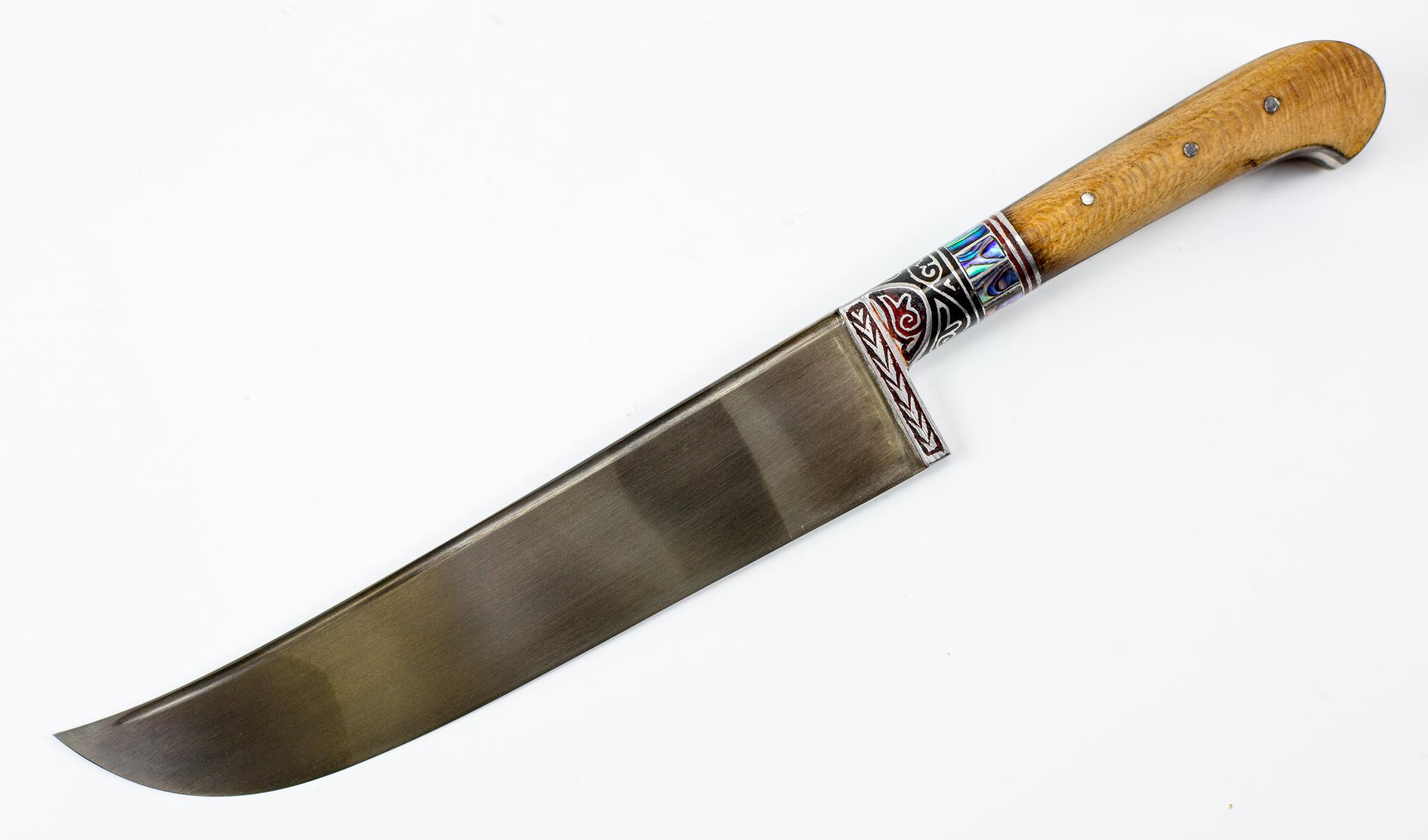 Пчак Чинар Ерма с садафомУзбекские ножи Пчак<br>Пчак Чинар Ерма, гарда гравировка с садафом<br>Узбекский универсальный нож Пчак.<br>Длина клинка: 164ммОбщая длина: 287ммТолщина клинка у основания: 3.5 мм<br>Ширина клинка 34ммМарка стали: ШХ15В комплекте чехол<br>Сделан в Узбекистане.<br>