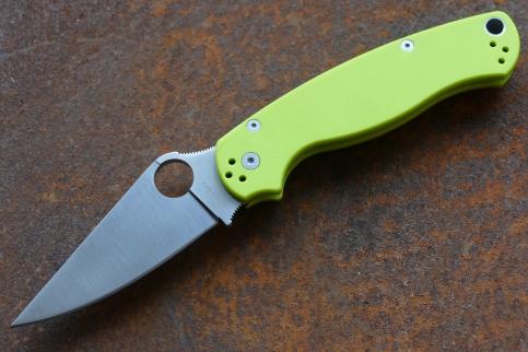 Складной нож Боец-3, greenSteelclaw<br>Сделан по образцу популярного ножа Spyderco<br>Длина ножа: 210 ммДлина клинка: 87 ммТолщина обуха: 3.5 ммМатериал клинка: 9Cr18MoVТвердость стали: 57-58 HRCМатериал рукояти: G-10Вес: 106 грамм<br>