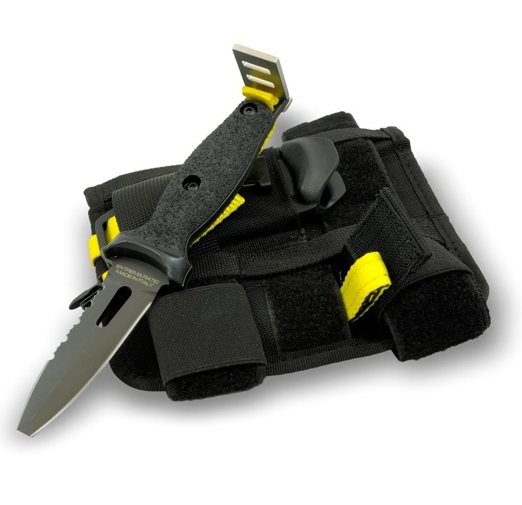 Нож ныряльщика Dicok Diving CompactОхотнику<br>Нож ныряльщика Dicok Diving Compact, клинокчерный с отверстием, 2/3 серейтор, рукоять черный пластик, чехол черный кордура/нейлон, оснащен ременной системой для крепления ножа на бедре или предплечье, страховочный ремешок яркого желтого цвета.<br>