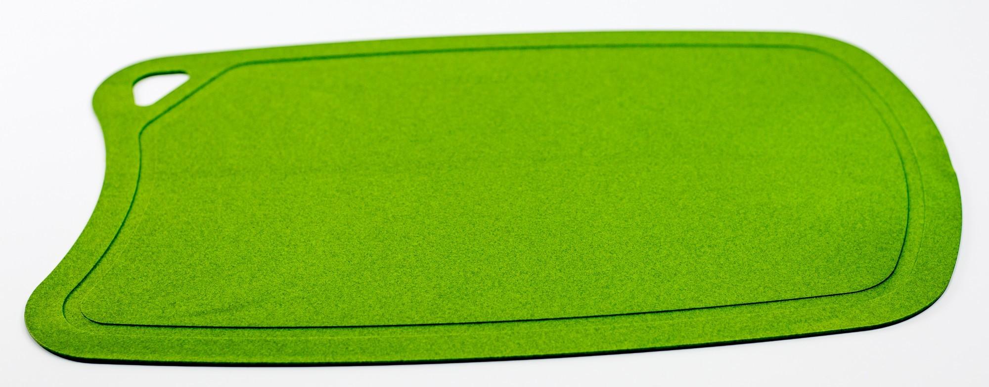 Доска разделочная BIOMAID угольная, термопластичный полиуретан, зеленаяTojiro<br>Доска разделочная BIOMAID угольная, термопластичный полиуретан, зеленый, 380x250x2мм<br>