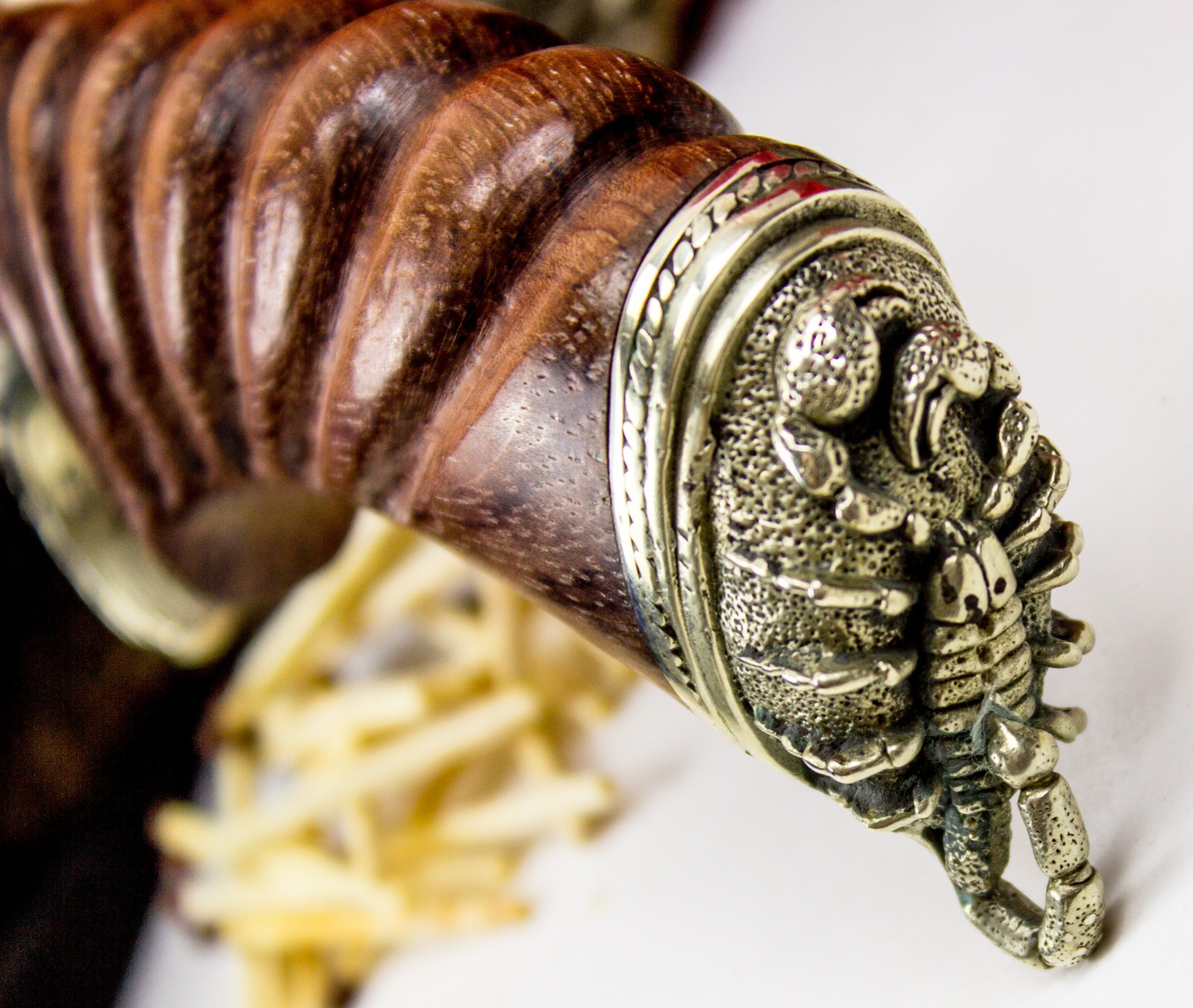 Фото 4 - Нож Корсар с резной рукоятью , дамасская сталь от Кузница Семина