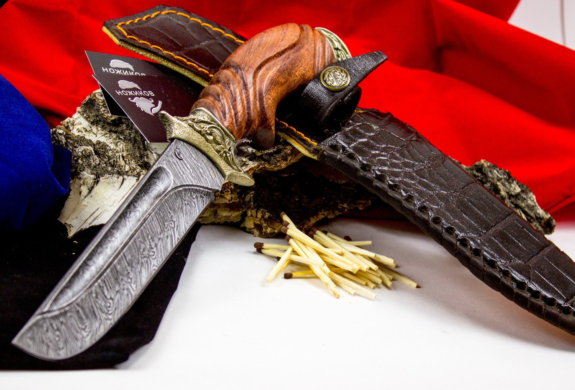 Нож Варяг с резной рукоятью, дамасская сталь, литье