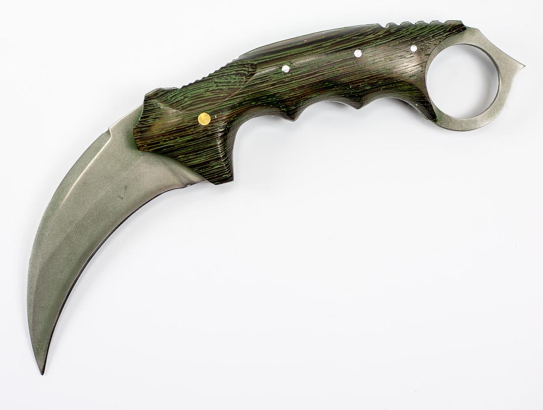 Керамбит ЯстребКерамбит<br>Керамбит Ястреб изготавливается вручную из высококачественной стали 95Х18 с применением матирования. Рукоять выполнена из чёрного дерева Венге. Каждый нож собирается одним мастером.<br>