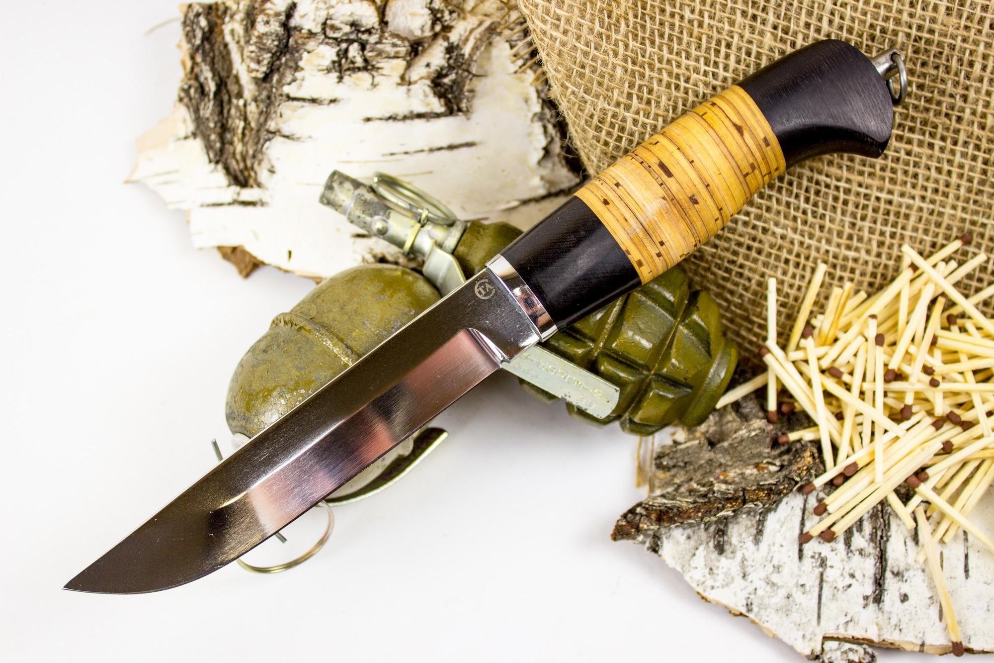 Нож Засапожный-Т, сталь 95х18, деревоНожи Ворсма<br>Нож Засапожный выполнен в традициях русских северных ножей. Нож оснащен объемной рукоятью из бересты. Такой нож удобно удерживать голой рукой и рукой в толстой перчатке. Благодаря этой особенности нож можно использовать в условиях постоянных отрицательных температур. Клинок ножа имеет прямой обух и спуски скандинавского типа. Нож можно использовать для работы по продуктам, выполнения основных хозяйственных задач, обустройства лагеря. Клинок ножа выполнен из нержавеющей стали, его легко точить и править в полевых условиях.<br>