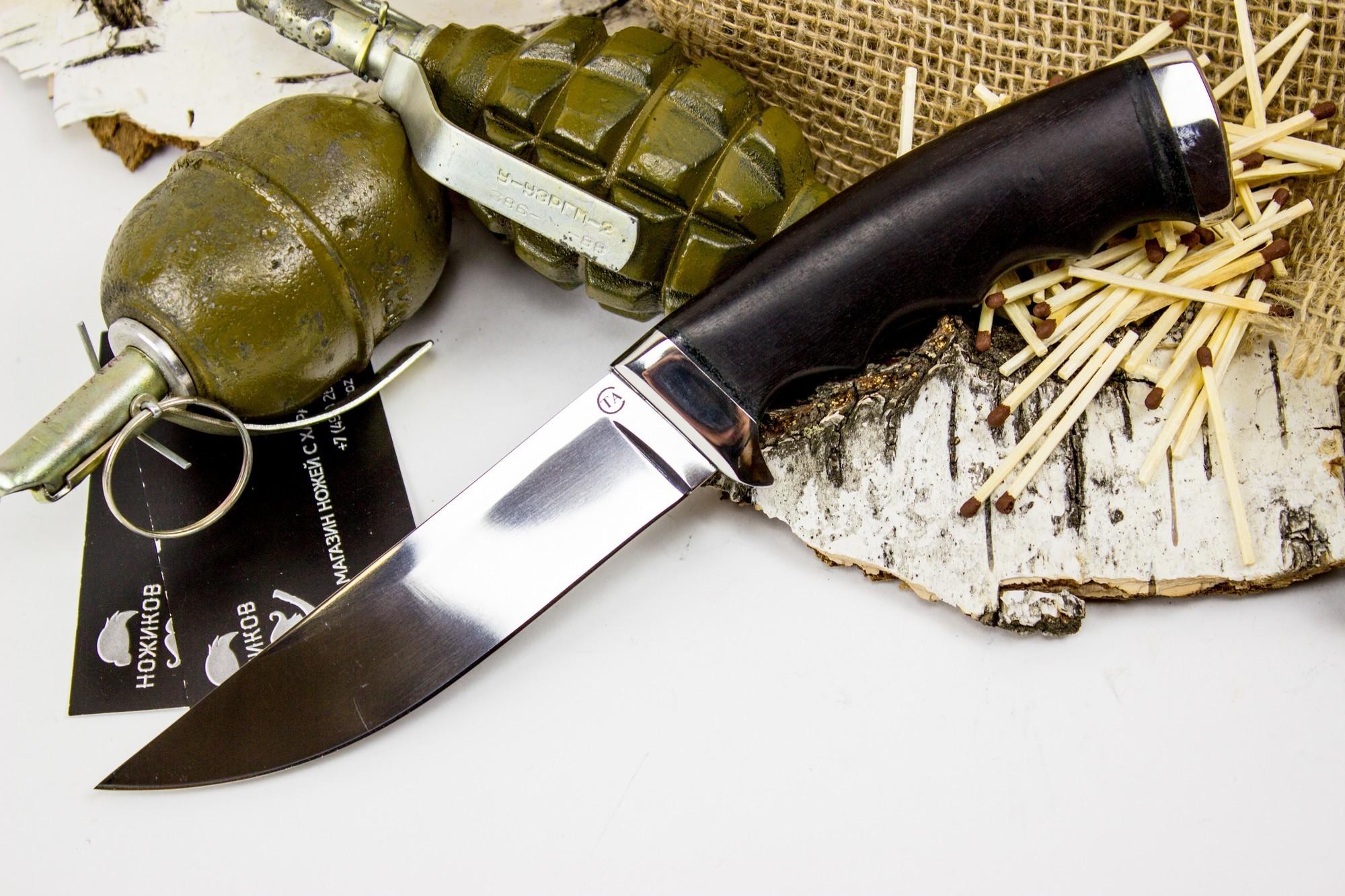 Нож Кобра-3, сталь 95х18, деревоНожи Ворсма<br>Туристический нож Кобра-3 это скромный трудяга и работяга, который будет делить с вами тяготы походной жизни. При выборе этой модели стоит обратить внимание на рукоять с подпальцевыми выемками. Это опция позволяет уверенно удерживать и хорошо контролировать нож даже уставшей рукой. Спуски на клинке начинаются практически от самого обуха и образуют максимально острую режущую кромку с тонким подводом. Нож обладает прекрасным резом по материалам любой плотности.<br>