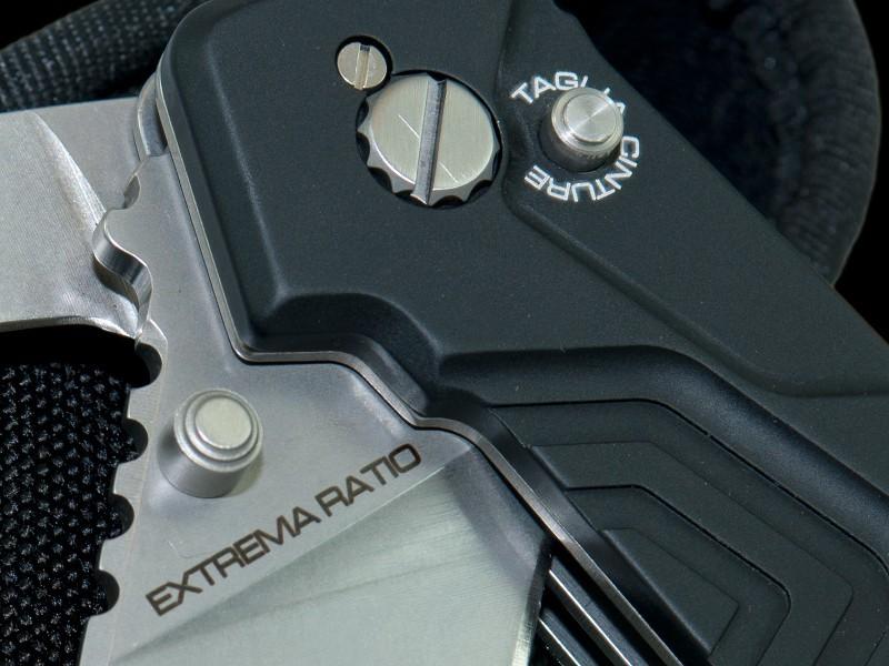 Фото 6 - Многофункциональный складной нож с выкидным стропорезом Extrema Ratio Police III, сталь Bhler N690, рукоять алюминий