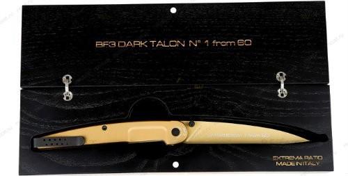 Складной нож BF3 Dark Talon Gold LimitedРаскладные ножи<br>Складной нож BF3 Dark Talon Gold Limited большой, сталь N690, складной, клинок под золото, рукоять под золото цельно-металлическая, клипса,коробок под золото, деревяная подарочная коробка, LIM 60шт.<br>