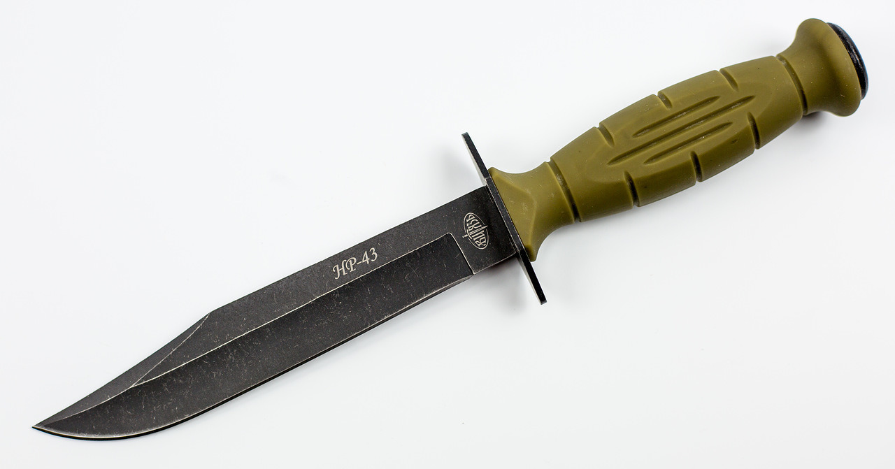 Нож НР-43 Вишня, 65х13Ножи разведчика НР, Финки НКВД<br>Oбщая длина: 256 мм Длина клинка: 143 мм Толщина клинка: 2,4 мм Сталь: 65Х13, стоунвош Рукоять: пластик Чехол: кожа Подарочная упаковка<br>