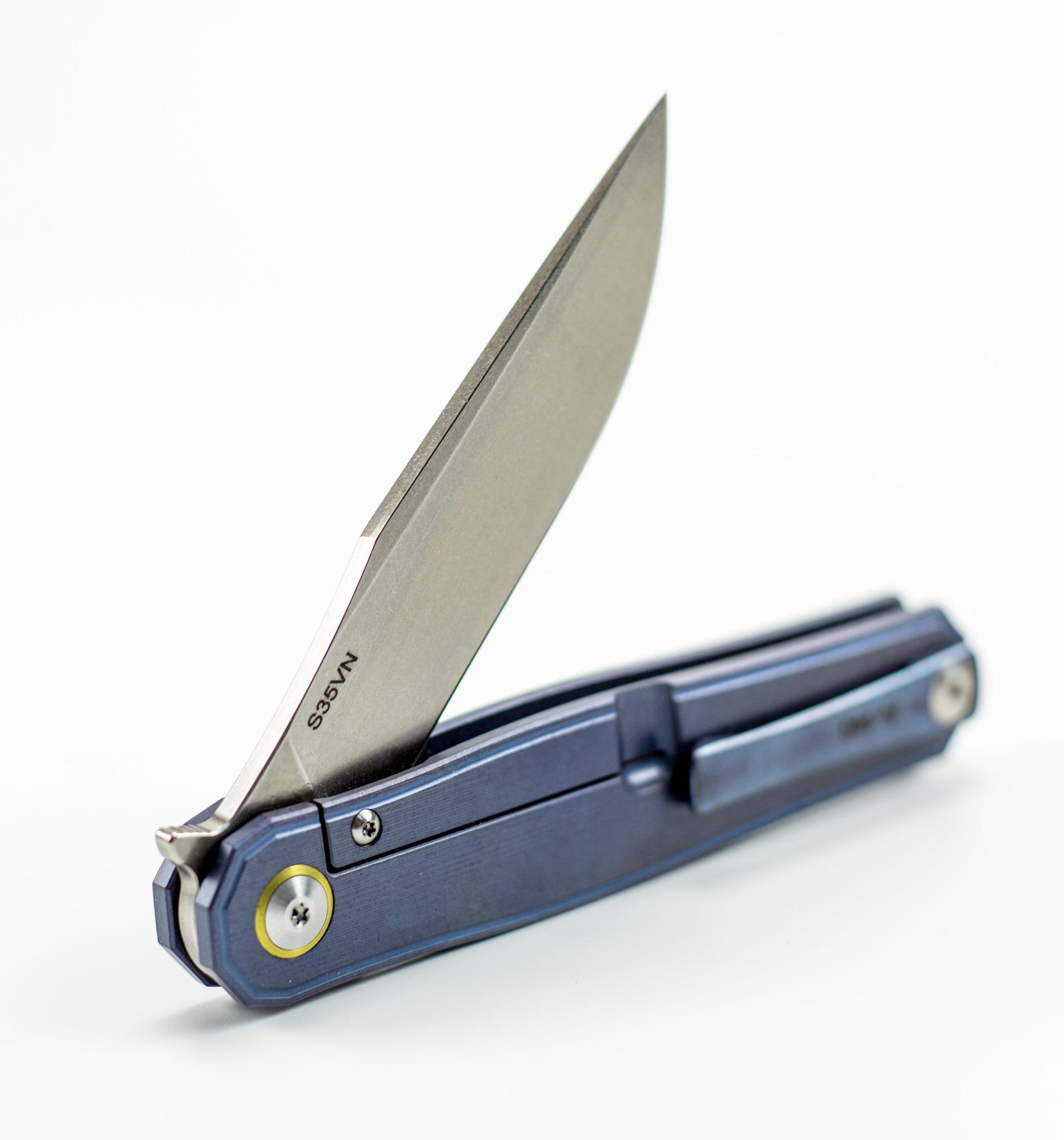 Складной нож CH3505 Blue сталь S35VN