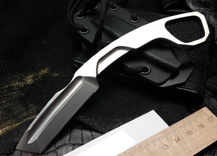 Нож с фиксированным клинком N.K.3 K Karambit StonewashedКерамбит<br>Нож с фиксированным клинком N.K.3 K Karambit Stonewashed - сталь N690, цельнометалический STONE WASHED, кольцо под палец, отверстие для темляка, чехол черный кайдекс со шнуром<br>