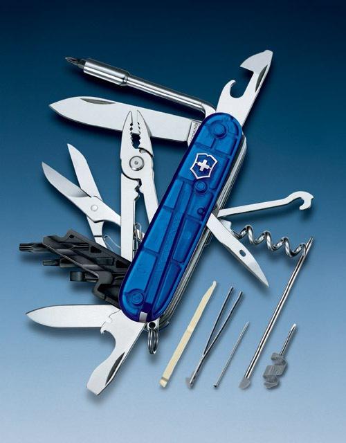 Нож перочинный Victorinox CyberTool 34 1.7725.T2 91мм 34 функции полупрозрачный синийШвейцарские армейские ножи Victorinox<br>Серия SwissChamps, CyberTools и наборы<br><br>Офицерский нож CYBER TOOL – это многофункциональный инструмент с набором 34 функций:<br>Большое лезвие<br>Малое лезвие<br>Штопор<br>Консервный нож с:<br>- Малой отверткой<br>Открывалка для бутылок с:<br>– Отверткой <br>– Инструментом для снятия изоляции<br>Шило, кернер<br>Кольцо для ключей<br>Пинцет<br>Зубочистка<br>Ушко для шитья<br>Шариковая ручка<br>Инструмент для переключения DIP-переключателей<br>Булавка<br>Мини-отвертка<br>Плоскогубцы с:<br>- Кусачками для провода<br>- Инструментом для обжима провода<br>Ножницы<br>Универсальный крючок<br>Ключ с:<br>- Гнездом для шестигранников 5 мм, для D-SUB<br>- Гнездом для шестигранников 4 мм, для битов<br>- Насадка крестовидная 0<br>- Насадка крестовидная 1<br>Пластиковый держатель насадок:<br>- Насадка плоская 4 мм<br>- Насадка крестовидная 2<br>- Насадка шестигранник 4мм<br>- Насадка звездообразная 8<br>- Насадка звездообразная 10<br>- Насадка звездообразная 15<br>