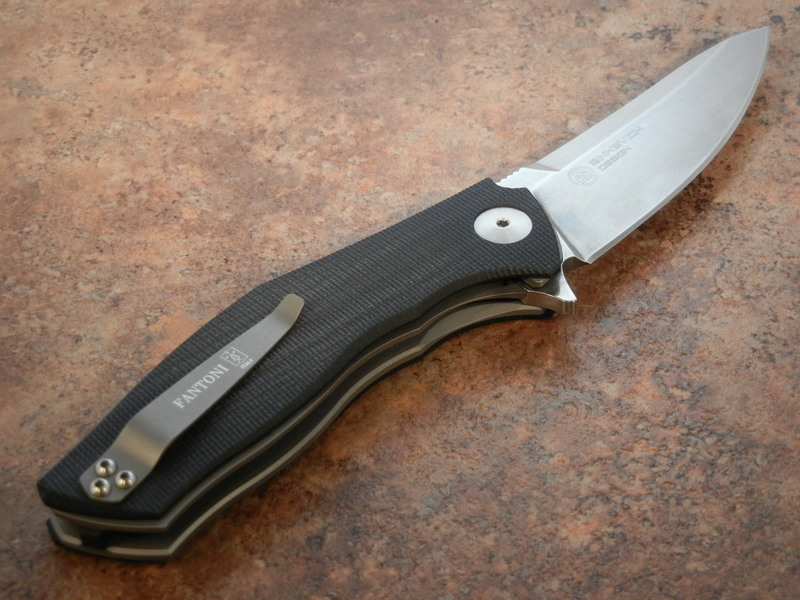 Фото 2 - Нож складной C.U.T. Flipper, Black/Gray G-10 Scales, Stonewashed CPM® S30V™, Dmitry Sinkevich (SiDiS) Design 9.3 см. от Fantoni