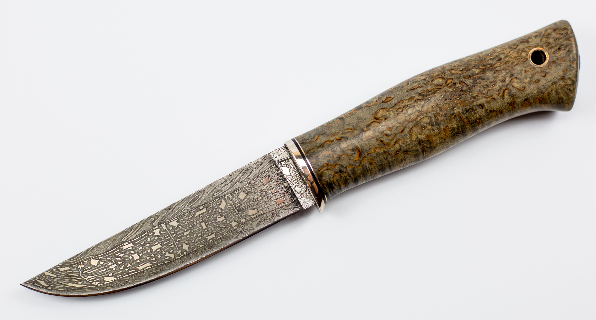 Нож из мозаичного дамаска №3, карельская березаНожи Ворсма<br>Нож Кузнеца Матвеева, мозаичный дамаск, карельская береза<br>