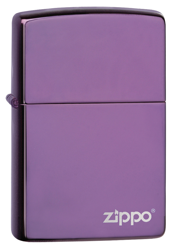 Зажигалка ZIPPO Classic с покрытием Abyss™, латунь/сталь, сиреневая с логотипом, 36x12x56 мм зажигалка zippo abyss classic латунь с покрытием фиолетовый глянцевая 36х12x56 мм