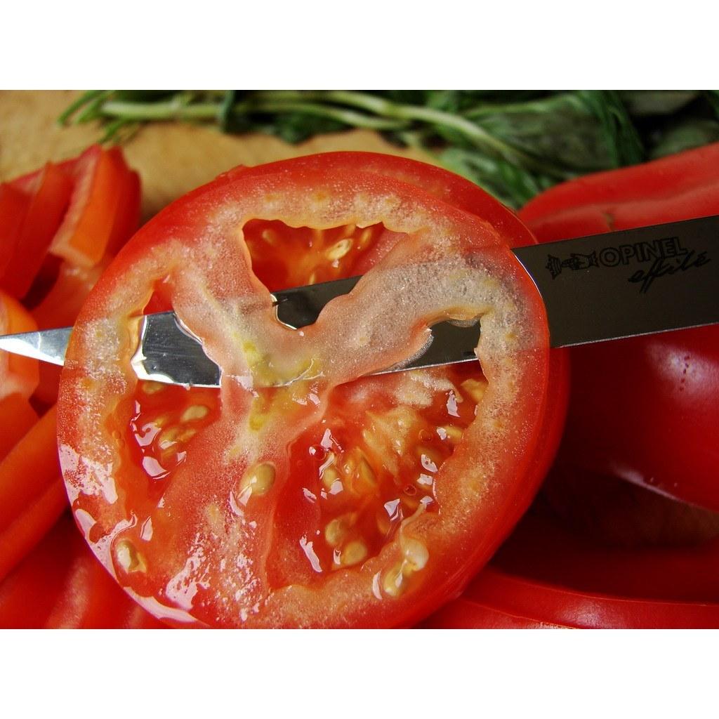 Фото 3 - Нож складной филейный Opinel №8 VRI Folding Slim Bubinga, сталь Sandvik 12C27, рукоять из дерева бубинго, 000015