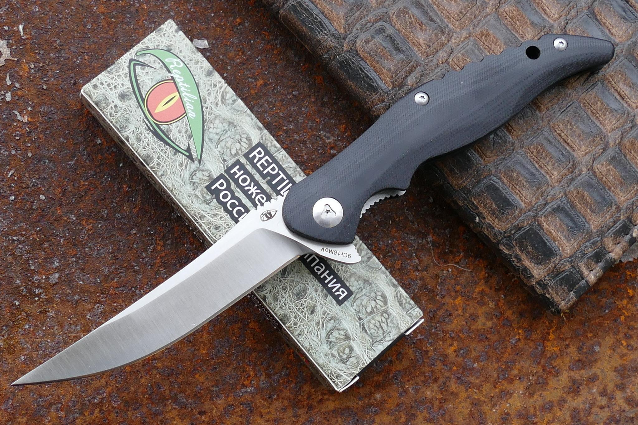 Нож Reptilian ГрандРаскладные ножи<br>марка стали: 9Cr18MoVтвёрдость: HRC57-58длина общая: 232ммдлина клинка: 100ммширина клинка наибольшая: 20ммтолщина обуха: 3.5ммвес: 98.3гртип замка: liner lockМеханизм открытия: IKBS (шарикоподшипниковая система)каждый нож имеет свой номер<br>