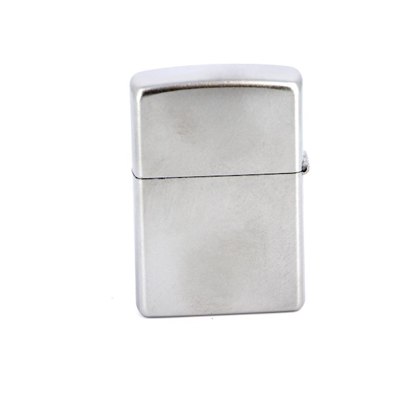 Зажигалка ZIPPO Classic с покрытием Satin Chrome™, латунь/сталь, серебристая, матовая, 36x12x56 мм зажигалка zippo classic с покрытием antique brass™ латунь сталь медная матовая
