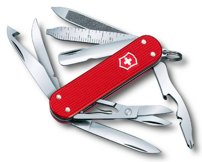Нож перочинный Victorinox MiniChamp 0.6381.20 58мм алюминиевая рукоять красныйШвейцарские ножи Victorinox<br>Компактный многофункциональный нож MiniChamp Alox в классическом дизайне Victorinox.<br><br>Поместив нож на цепочке для ключей, Вы его никогда не потеряете и не забудете дома.<br>Набор практичных функций упакован в классический дизайн.<br>Новинка оснащена алюминиевой рукоятью, доступной в трех стильных цветах.<br>