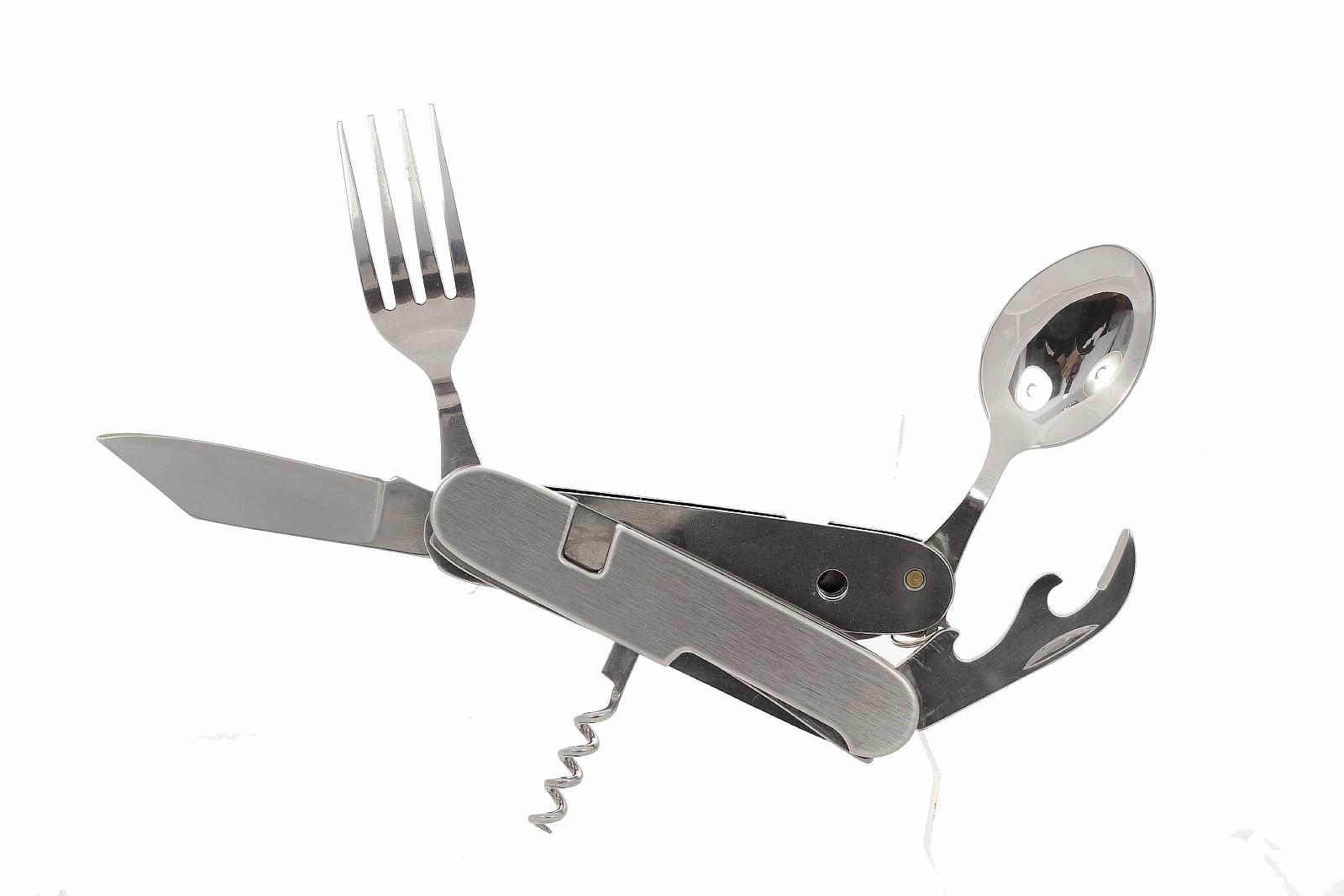 Многофункциональный походный нож 7-в-1 A106 GРаскладные ножи<br>Комплектуется: ложкой, вилкой, ножом, шилом, консервным ножом, открывалкой, штопором. Для удобства использования разделяется на 2 части.<br>Длина клинка:73 ммТолщина лезвия:2,5 ммОбщая длина:112 ммМатериал рукояти:СтальКоличество лезвий:6<br>