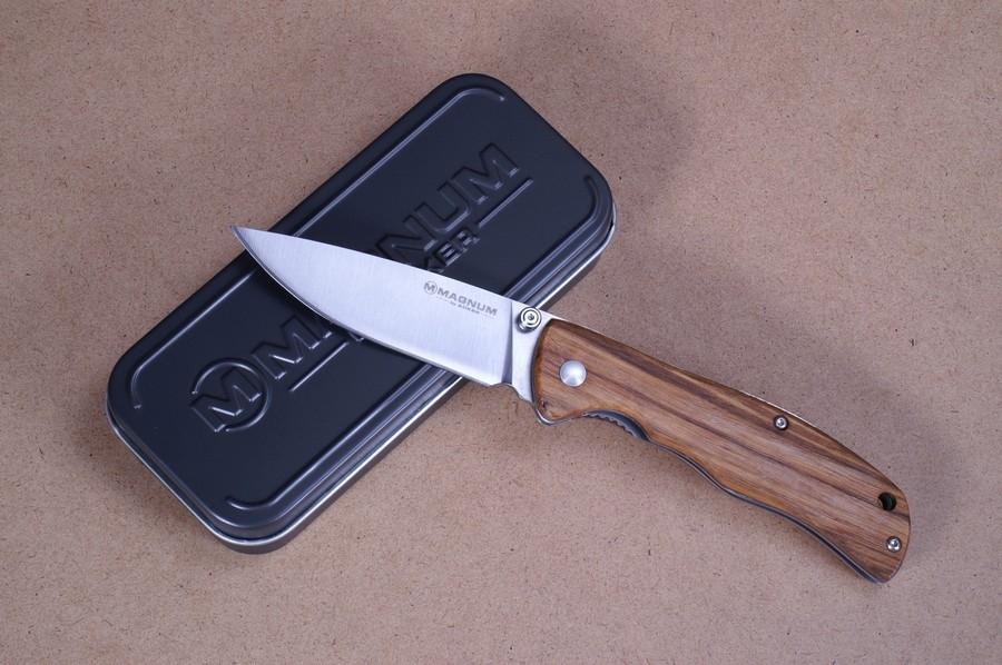 Фото 2 - Нож складной Magnum Backpacker, сталь 440A Satin Plain, рукоять дерево, Boker 01EL605