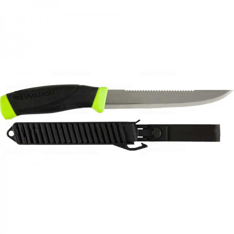 Нож Morakniv Fishing Comfort Scaler 150, нержавеющая стальНожи филейные<br>Нож Рыбацкой серии Fishing Comfort Scaler 150 шведского производителя Mora. Все ножи этой линейки сконструированы специально для рыбаков. Отличаются от других ножей очень удобной рукоятью, тонким и острым лезвием, которое идеально подходит для разделки рыбы. Вы не найдете лучших ножей для рыбака, чем серия Fishing Comfort. Все ножи Mora (Mora fishing comfort) произведены исключительно в Швеции.<br>Mora Fishing Comfort Scaler 150 даст фору любому другому ножу во время чистки и разделки рыбы. Его длинное и тонкое лезвие отлично справляется с этой работой. Нержавеющая сталь на клинке требует минимального ухода, что немаловажно в условиях повышенной влажности. Обычная (plain) заточка на ноже работает как скальпель по рыбному филе, в то время как находящийся на обухе ножа серрейтор (зубчатая часть) отлично расправляется с костями, без труда рассекая их. Удобная рукоять имеет прорезиненную вставку, благодаря чему нож отлично контролируется в руке. Легкий вес дает возможность неощутимо носить Mora Fishing Comfort с собой на поясе. Удобные пластиковые ножны надежно удерживают нож, не давая ему случайно выпасть.<br>