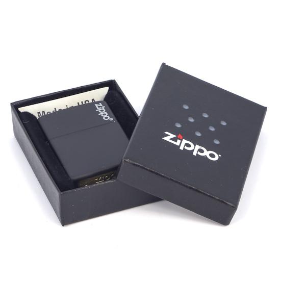 Фото 3 - Зажигалка ZIPPO Classic Black Matte, латунь/сталь, черная с логотипом, матовая, 36x12x56 мм