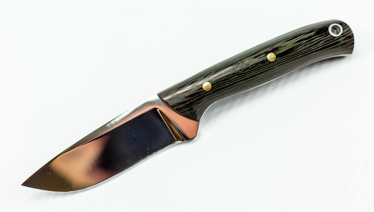 Нож цельнометаллический Лама, Х12МФНожи Павлово<br>Общая длина 208 ммДлина клинка 108 ммДлина рукояти 100 ммШирина рукояти (в ср. части) 21 ммНаибольшая ширина клинка 32 ммТолщина рукояти (в ср. части) 20 ммТолщина обуха 3,6 ммСталь Х12МФТвердость клинка 60-61, HRC<br>
