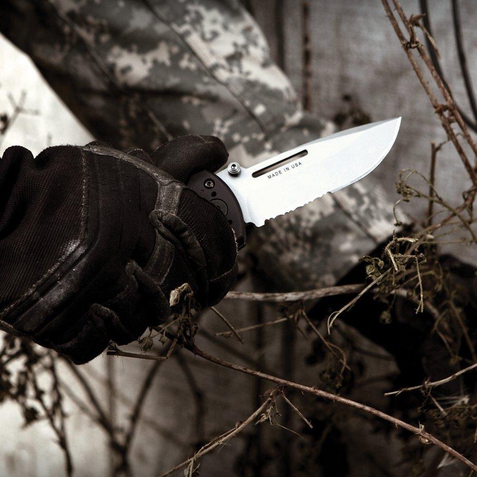 Складной нож 06 Manual combat folder, Gerber