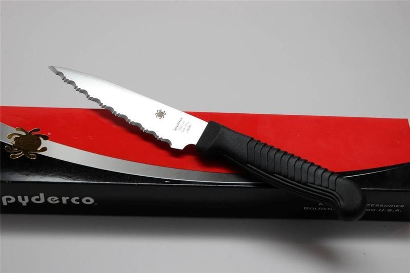 Фото 3 - Нож кухонный универсальный Spyderco Utility Knife K05SPBK, сталь MBS-26 Serrated 11.4 см, рукоять полипропилен, чёрный