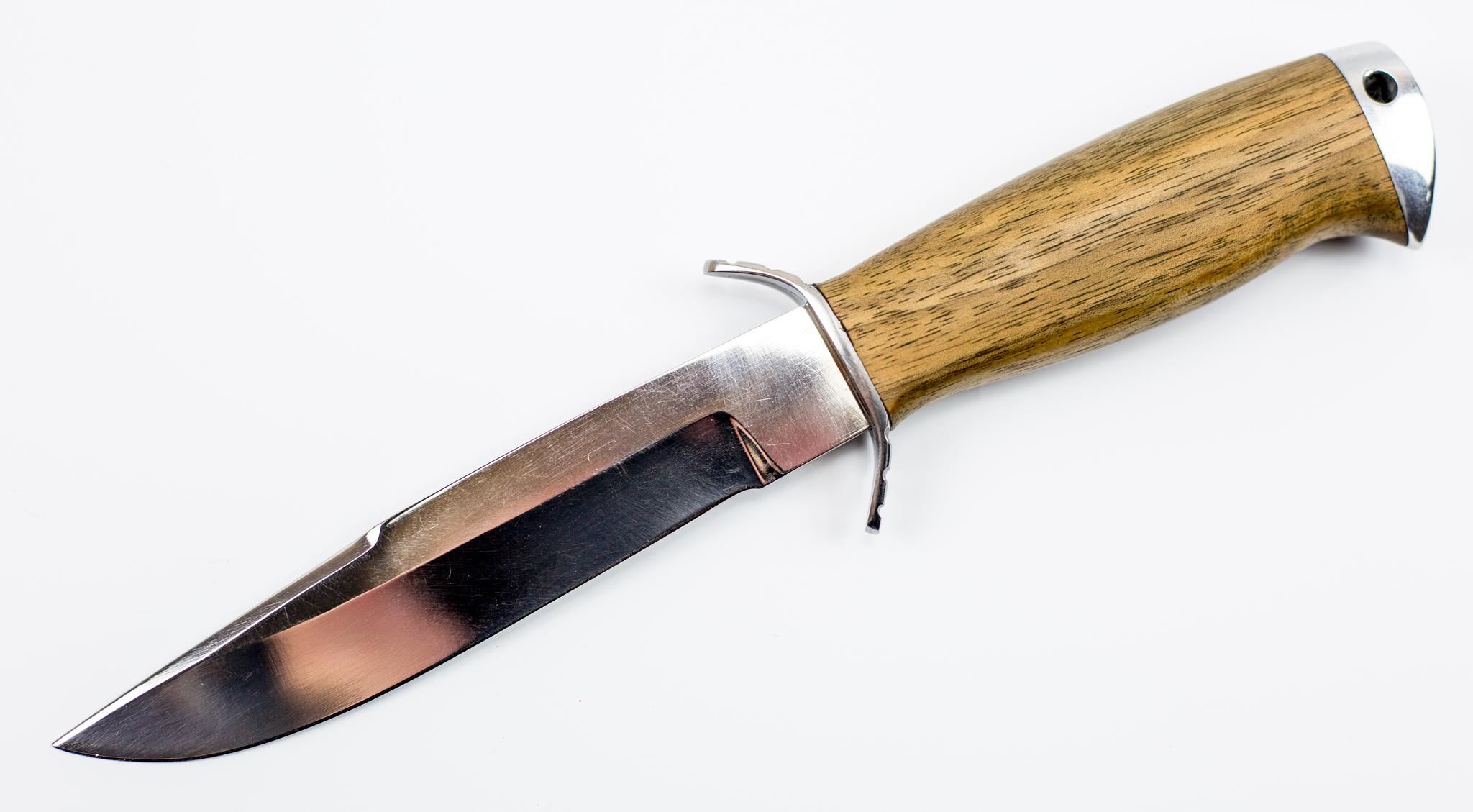 Нож Смерч-2, 65Х13Ножи разведчика НР, Финки НКВД<br>Сталь 65Х13Материал рукояти -орехОбщая длина 268 ммДлина клинка 148 ммДлина рукояти 120 ммНаибольшая ширина клинка 25 ммТолщина обуха 2,4 ммТвердость клинка, HRC56<br>