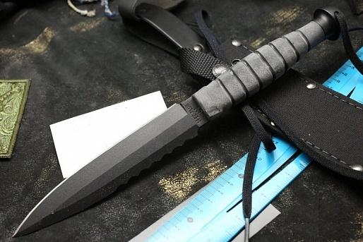 Нож с фиксированным клинком Spec Plus SP15Тактические ножи<br>Нож с фиксированным клинком Spec Plus SP15, цвет черный, рукоять кратон черный, чехолНейлон Cordura.<br>