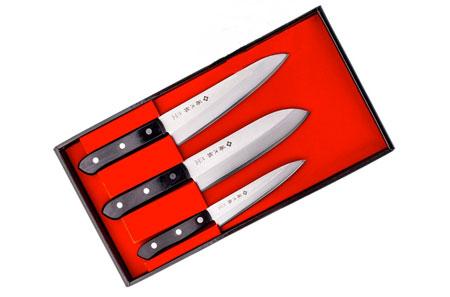 Наборы ножей в чемодане