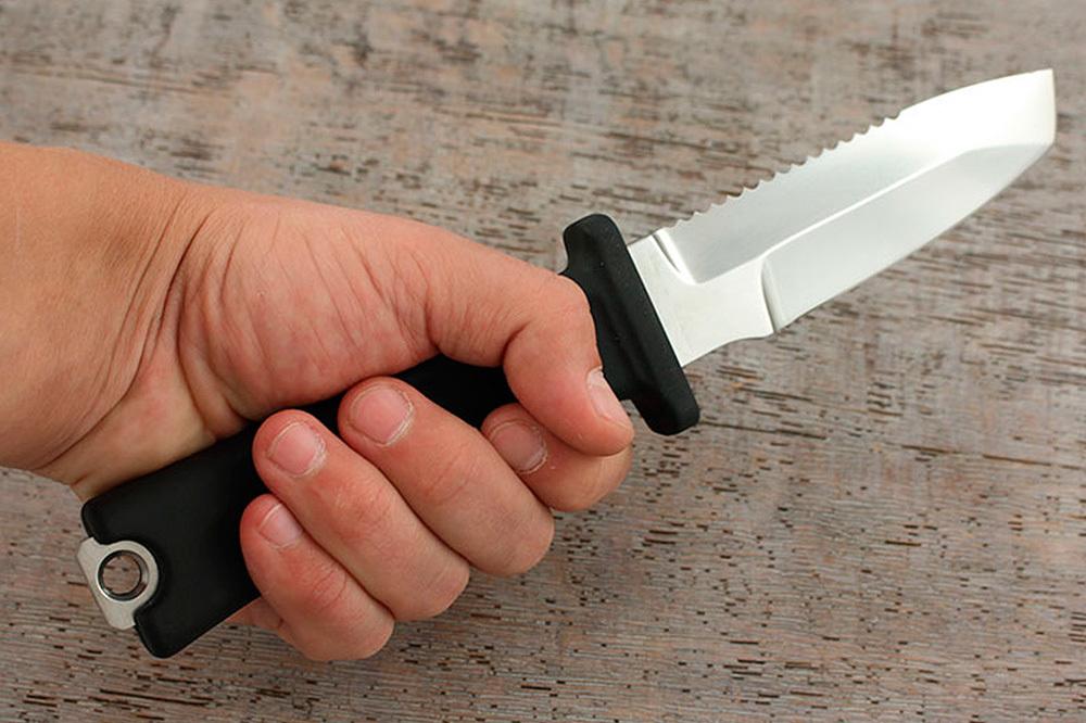 Ножи для дайверов: краткая инструкция
